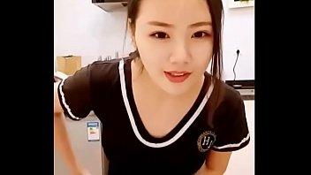 Em gái Trung Quốc xinh đẹp