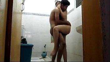 Sensual Married Indian Couple Shower Full Masti Chudai