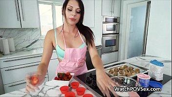 Baking cutie gf fucked in kitchen