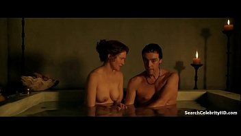 Lucy lawless naked in spartacus Lucy lawless in spartacus gods the arena 2011
