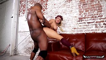 Arch enemys latex Cali carter in her first interracial sex