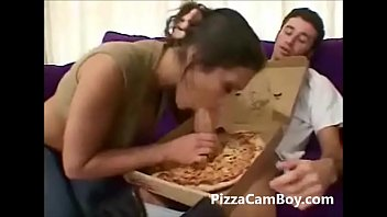 Young teen sharing her pizza www.pizzacamboy.com