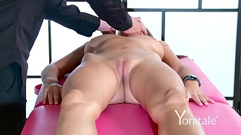Massage my clit