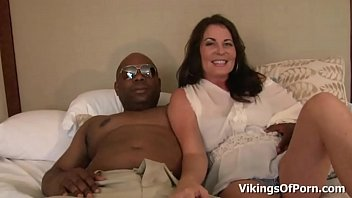 Creampie with cock - Milf bella roxxx got nutted with a big black cock
