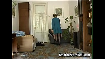 Sexy Russian Hot Mom Short Hair Ask Stepson To Fuck