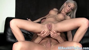 Petite Teen with Braces Gets Ass Fucked For AllAnal! Vorschaubild