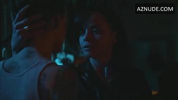 Christina Ricci lesbian scene