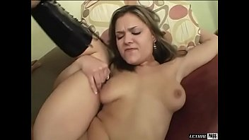 Vanessa Lynn rides Sergio's big ole dong