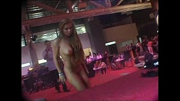 Lindsay lohan and her mom nude