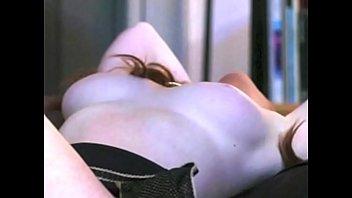 Lindsay Lohan Naked: http://ow.ly/SqHxI