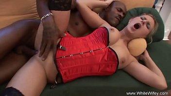 Blonde MILF Horny Sex With BBC