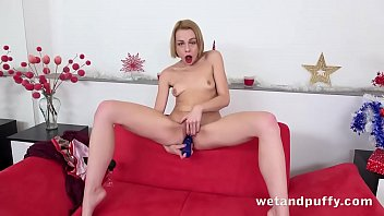 Big pussys lips and puffy nipples Her orgasmic gifts