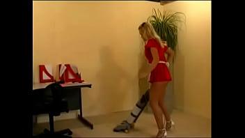 Lazy women pee panties Lazy maid peeing