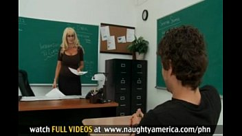 Sex teacher mrs o dare Estudiante se folla su maestra con enormes tetas