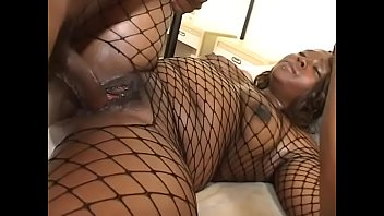 Killing black model gets black cock in doggy style on the big bed