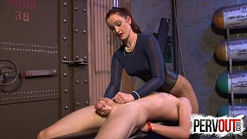 Sex on exercise ball - Ass worship cbt with vivienne
