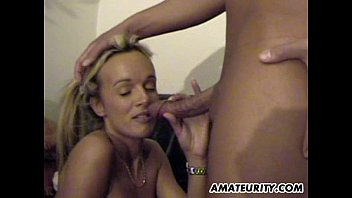 Hot amateur blonde - Busty amateur girlfriend threesome with cumshot