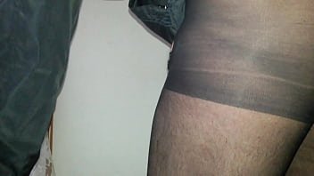 strumpfhose brunette blowjob