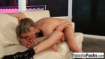 Lesbian beauties such each other's juices