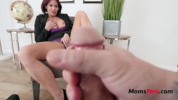 Jerking Off Instructions By Brunette Busty Mom- Ryder Skye