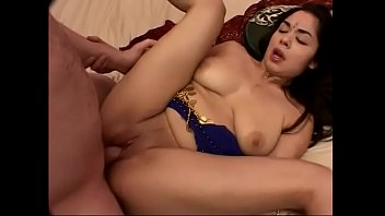 Indian girl Yahira is on her knees sucking a cock like a naughty girl