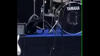 Asian orgazam - Nikotin svira bas bez tralice