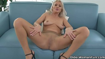 Kathys cunt Euro milf kathy loves the feeling of nylon on her pussy