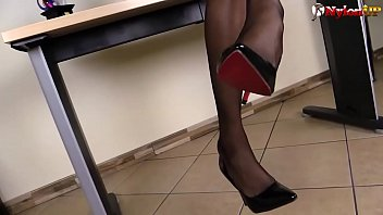 Secretary in stockings squirting right on your desk