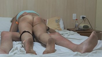 ARDIENTES 69 - MASTURBATION AND FUCKED WITH MY WIFE ON THE BEACH