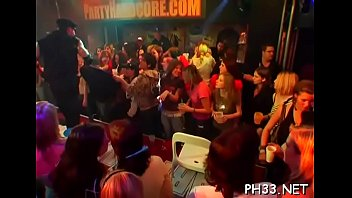 Drunk cheeks engulfing one-eyed monster in club