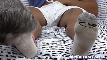 Black tattooed hunk Pablo has his feet licked by mature gay