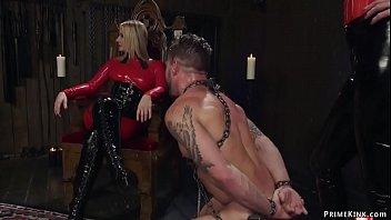 Femdoms in latex pegging man slave 5 min