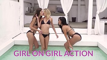 A Girl Knows Angelika Grays London Keyes Teasing Asian Roommate Knows How To Turn On Her Girl