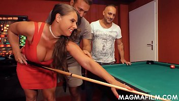 Big tits cougar Susi loves loosing games