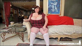 Busty BBW Legend Lexxxi Luxe Sexy Interviews