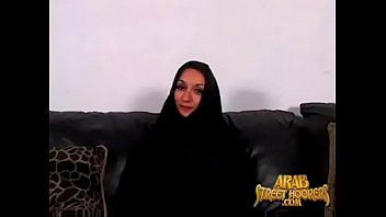 Iranian cute mother love to fuck