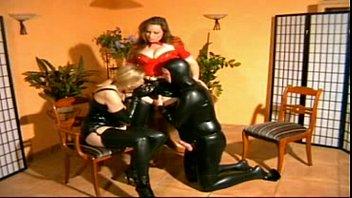 Mistress fucks heer male and female slaves best scenes Vorschaubild