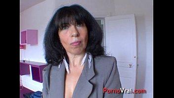 Sodomie une mature hypersexuelle en pleine partouze !!!! French amateur