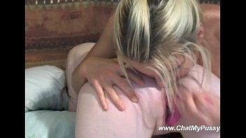 Lesbian Girls Webcam Dildoing - ChatMyPussy.com