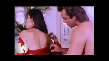 KIMBERLY: Raveena tandon sexy video