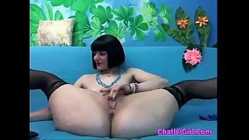 Milf spread her legs for U