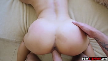 Pretty Asian stepmom danced on guys cock with her ass