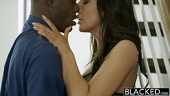 BLACKED New York Escort Tiffany Brookes Gets Facial From Big Black Cock