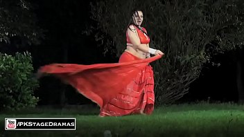GHAZAL CHAUDHARY BOLLYWOOD MUJRA - PAKISTANI MUJRA DANCE 2015 thumbnail