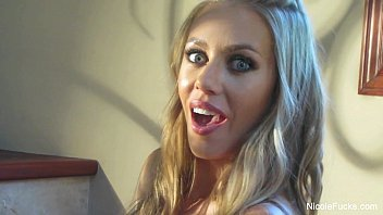 Abigail hawk nude - Nicole aniston abigail mac on the set