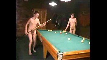 friends naked billards Thumb