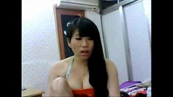 Asian amateur girl masturbates on cam - More on Random-porn.com