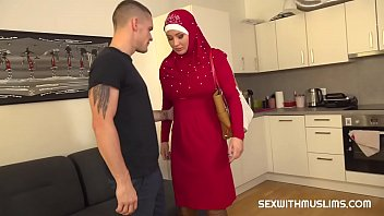 Hot arabic hijab lust porn movies - Guy punishes his tardy muslim girlfriend
