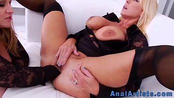 Ass prolapsed milf gets anally fucked by bbc