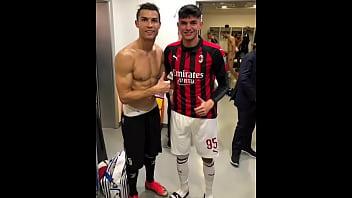 Football player Chiellini nude